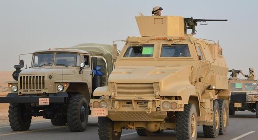 Nye angreb fra Egyptens militær er en del af en større mission, der har til formål at knuse islamistiske kræfter, der har fået skylden for en række angreb i Egypten på det seneste. Reuters/Handout/arkiv