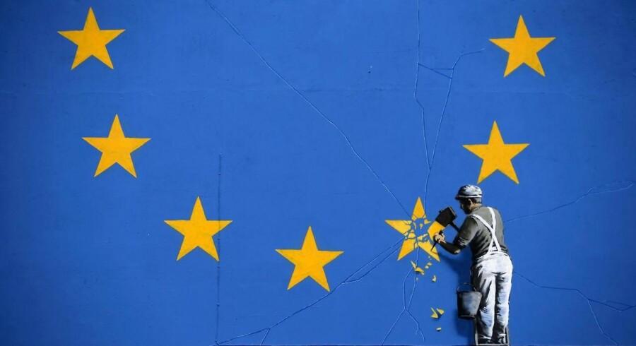 Akrivfoto: Et kunstværk af den britiske graffittimaler Banksy.