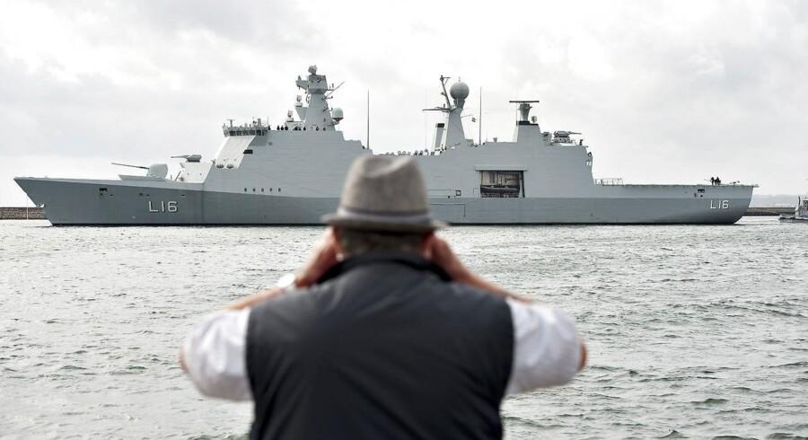 Arkivfoto: Det danske støtteskib Absalon bliver en del af indsatsen til efteråret, når NATO flytter sin sydflåde til Det Ægæiske Hav for at hjælpe Tyrkiet og Grækenland med overvågning og efterretninger i kampen mod menneskesmuglere.