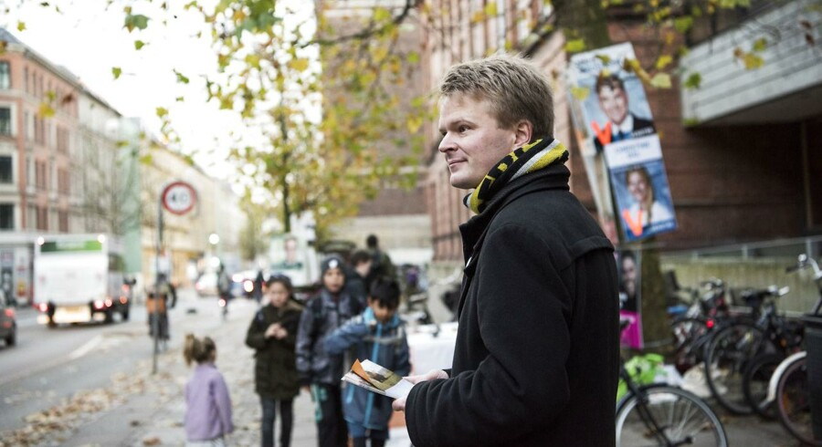 Forleden delte Frederiksbergsk Folkeparti smagsprøver ud af »fremtidens skolemad«, som ifølge formand for partiet Lars Frahm bør være østers, kaviar og foie gras.