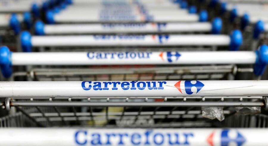 Den franske supermarkedskæde Carrefour har en god dag på børsen tirsdag, hvor aktien placerer sig i toppen af det fælleseuropæiske indeks Stoxx 600.