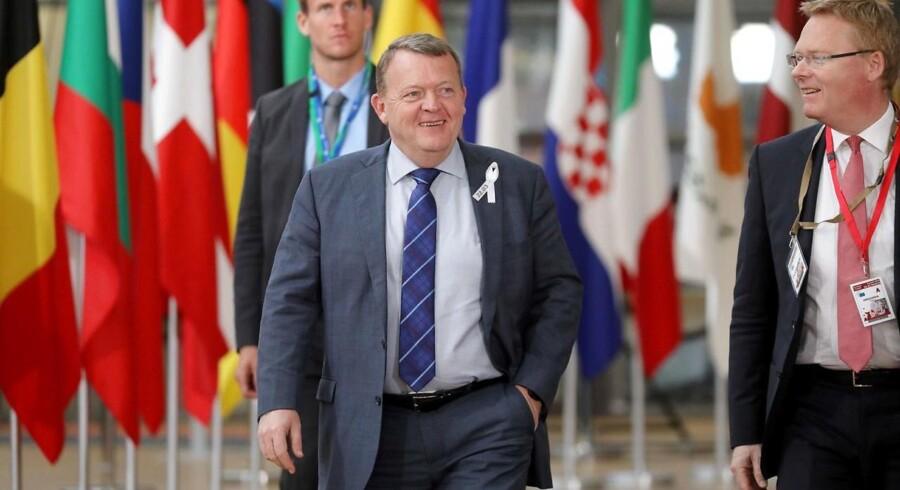 Lars Løkke Rasmussen (V) ankommer til Bruxelles.