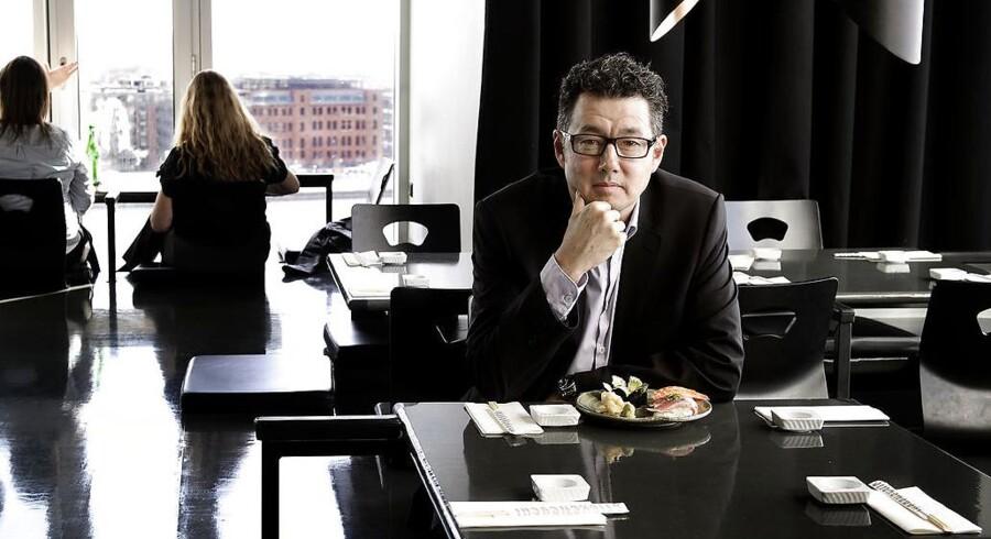 Sticks'n'Sushi med Kim Rahbek i spidsen oplever vild fremgang med sine restauranter. Det danske foretagende har dog ondt i indtjeningen som følge af massive vækstplaner, der blandt andet tæller restaurantåbninger i Tysklands hovedstad og Tivoli herhjemme.