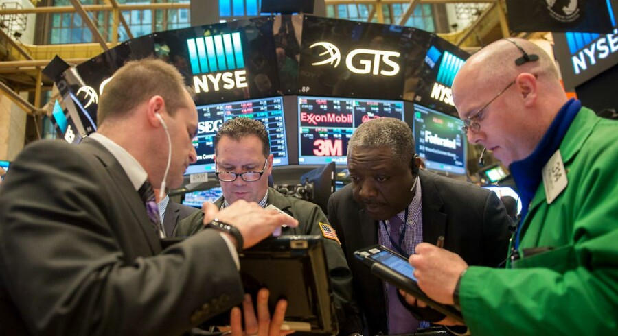 Arkivfoto. De amerikanske aktier lukkede med kurstab såvel torsdag som fredag, hvor svage regnskabsdata fra de store detailkæder sendte Nordstrom og andre stormagasiner ned. AFP PHOTO / Bryan R. Smith