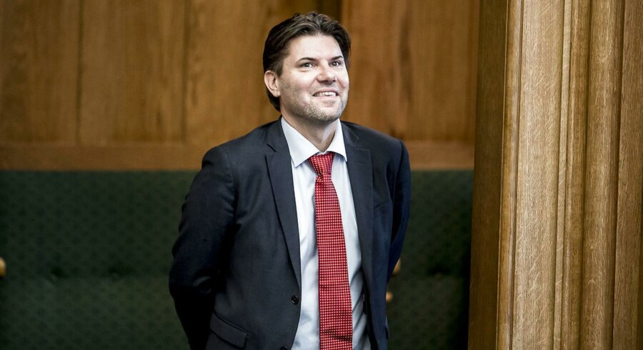 Sexchikane kan sammenlignes med vold mod børn, mener Venstres ligestillingsordfører, Mads Fuglede.