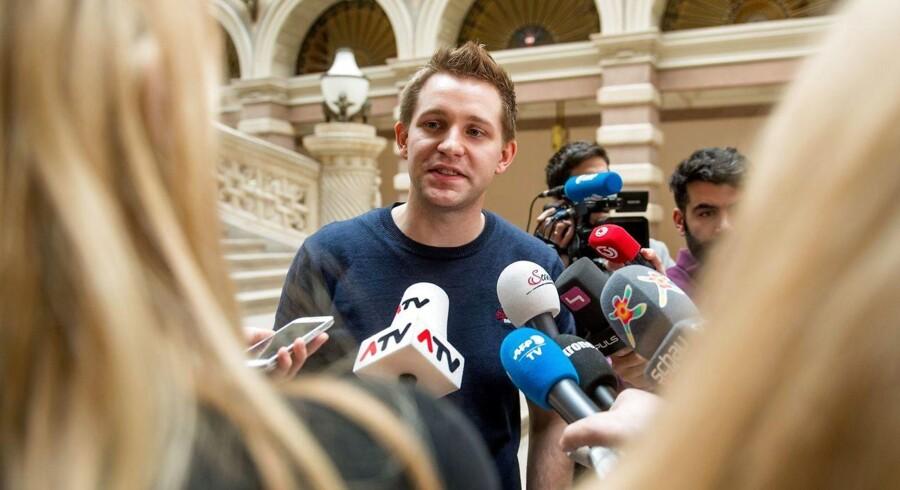Østrigske Max Schrems' sag mod Facebook førte til, at EU-Domstolen grundskød en 15 år gammel dataudvekslingsaftale mellem EU og USA. Men også den nye aftale rummer usikkerhed om, hvorvidt europæeres data er tilstrækkeligt beskyttet i USA, og det skal EU-Domstolen nu se på. Arkivfoto: Christian Bruna, AFP/Scanpix