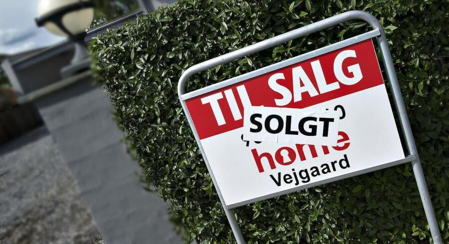 Arkivfoto. Antallet af boliger til salg faldt igen i februar og har ramt et punkt, der ikke er set siden 2008.