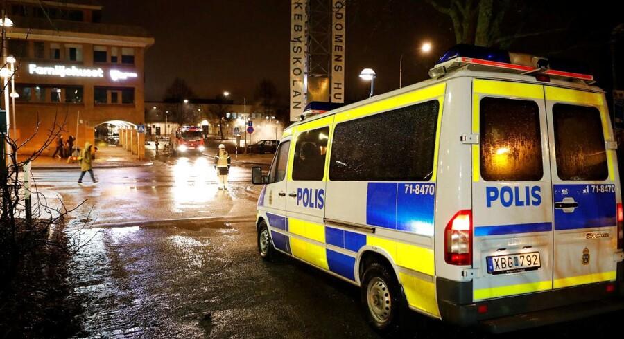 RB plus. Arkivofot: Svensk politi i Rinkeby i Sverige.