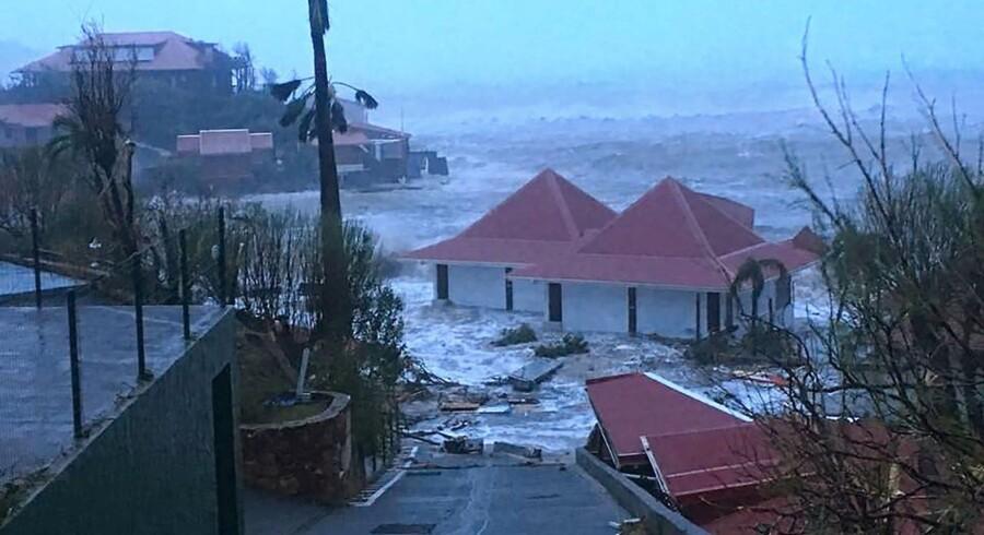 Et oversvømmet hus i Gustavia i Saint-Barthelemy ses her på et billede taget 7. september 2017.