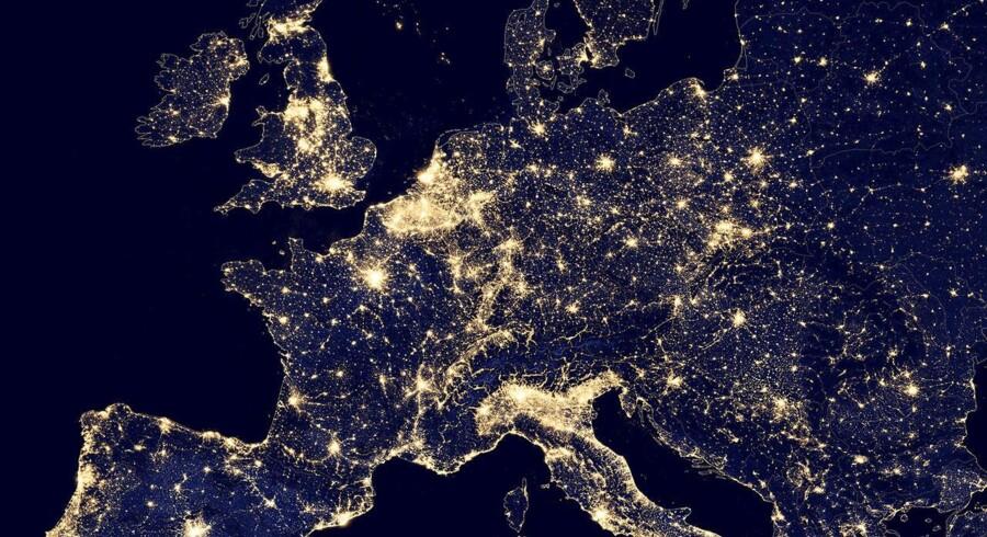 Så meget »gløder« vores verdensdel om natten.