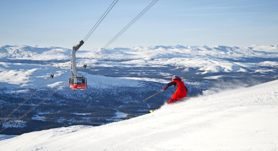 Åre er en vellykket hybrid af udfordrende skiløb på og udenfor pisterne og en masse svensk hygge.