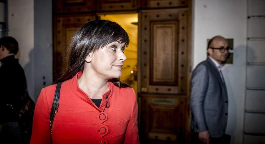 Innovationsminister Sophie Løhde er chefforhandler på statens vegne i årets overenskomstforhandlinger. Hun modtager mange e-mails fra danskere, der enten er på hendes side eller imod hende i forhandlingerne.