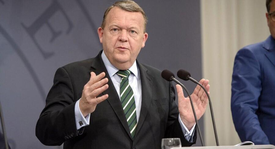Statsminister Lars Løkke Rasmussen gør klar til en større ministerrokade.