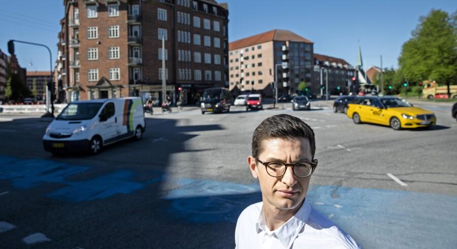 Uber måtte for et år siden trække sig ud af Danmark efter nogle alvorlige sammenstød med taxabranchen, politikere og fagforeninger. Uber erkender i dag, at selskabet begik fejl, og ønsker nu at vende tilbage. Det skal ske ved at gøre tingene rigtigt og indordne sig. Foto: Nikolai Linares