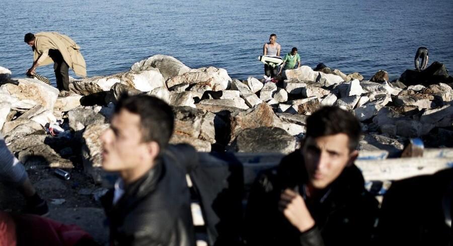 Sidste år kom der næsten 850.000 flygtninge og migranter til Grækenland, og en meget stor del af dem er gået i land på Lesbos efter sejlturen fra Tyrkiet.
