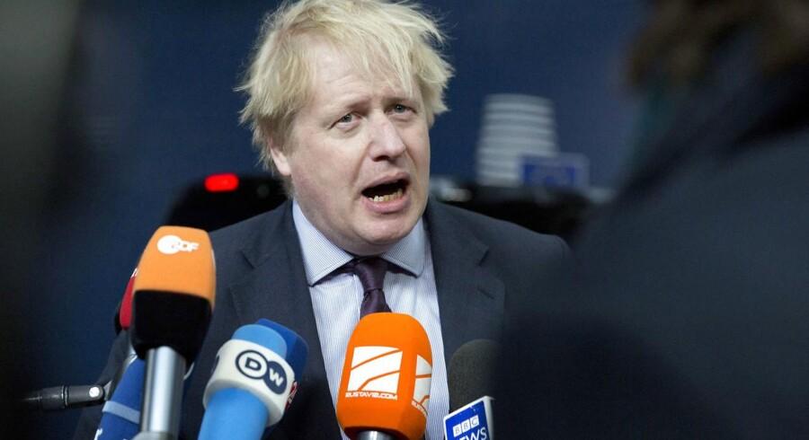 Den britiske udenrigsminister, Boris Johnson, siger, at den vestlige reaktion mod Rusland efter giftangrebet i Salisbury 4. marts er den største kollektive udvisning af spioner nogensinde.