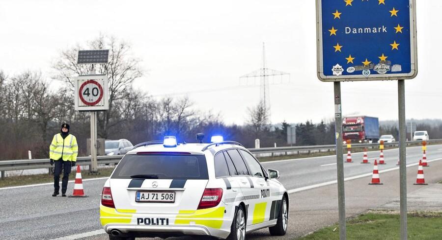 Arkivfoto af den danske grænsekontrol.