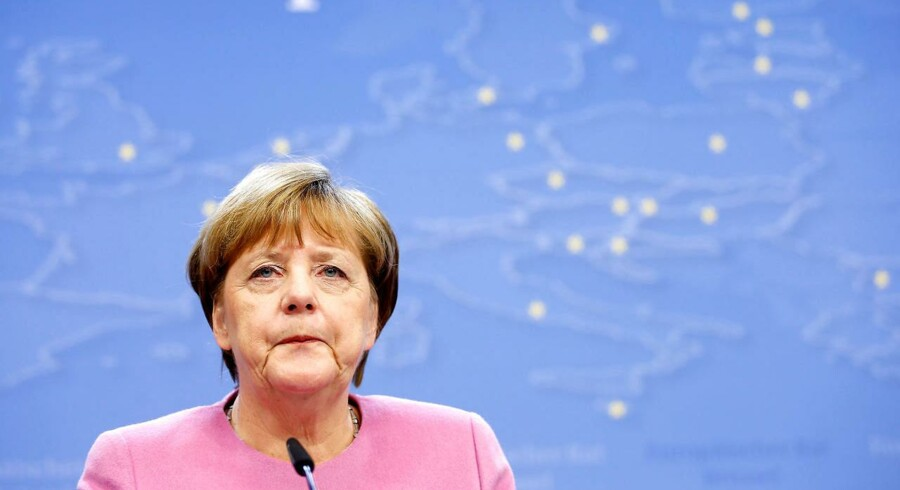 Ny bog om EU\s flygtningeaftale med Tyrkiet hævder, at kansler Merkel lovede tyrkerne at tage imod op mod 250.000 syriske asylansøgere fra Tyrkiet