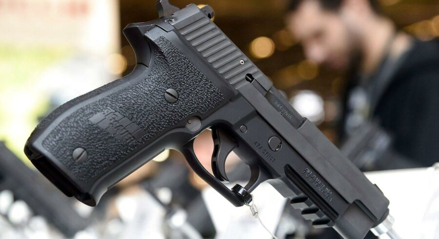 En SIG Sauer-pistol. Arkivfoto