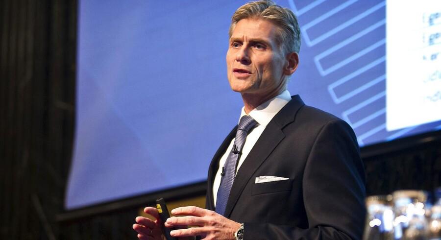 Thomas F. Borgen, adm. direktør for Danske Bank, kalder nedskæringen af medarbejderstaben for rettidig omhu.