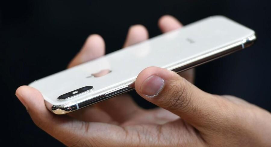 iPhone-vinderformlen er at gøre rivalernes bedste ideer perfekte, lyder vurderingen. Alligevel vedbliver Apple mod alle odds at være verdens mest værdifulde virksomhed.