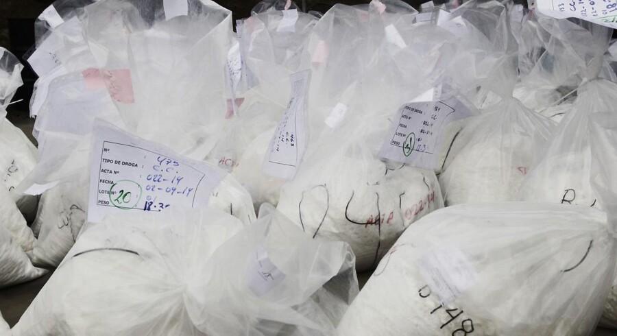 Arkivfoto af kokainfund af kokain i Esbjerg sidste år, hvor 310 kilo kokain blev fundet. Fundet i belgien er opgjort til 1,25 ton.