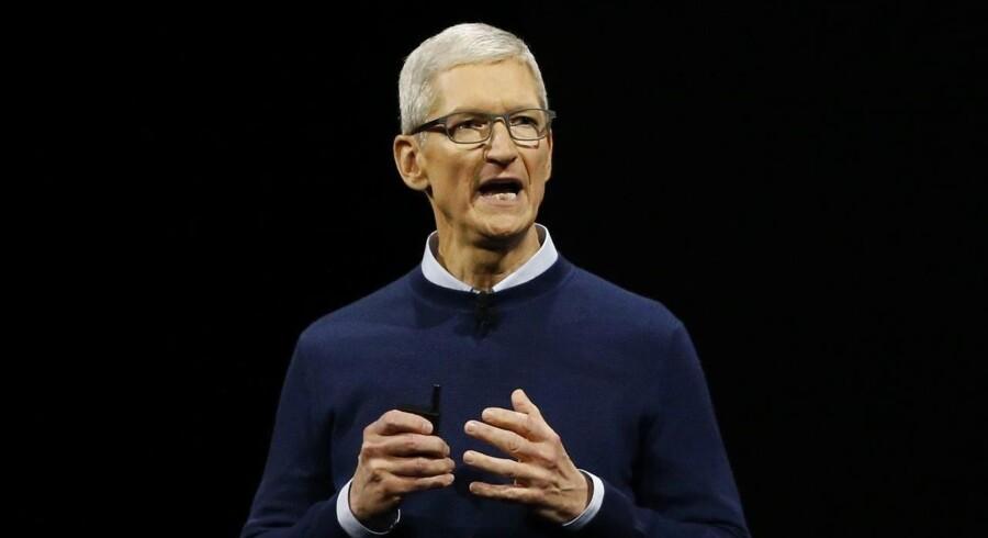 Apple-topchef Tim Cook besøgte torsdag en hidtil hemmeligholdt svensk samarbejdspartner.