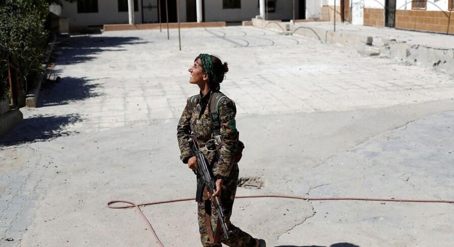 Arkivfoto. Et område mellem Azaz og Jarablus i Syrien er erobret af tyrkisk-støttede oprørere. Nu vil kurderne tage det.