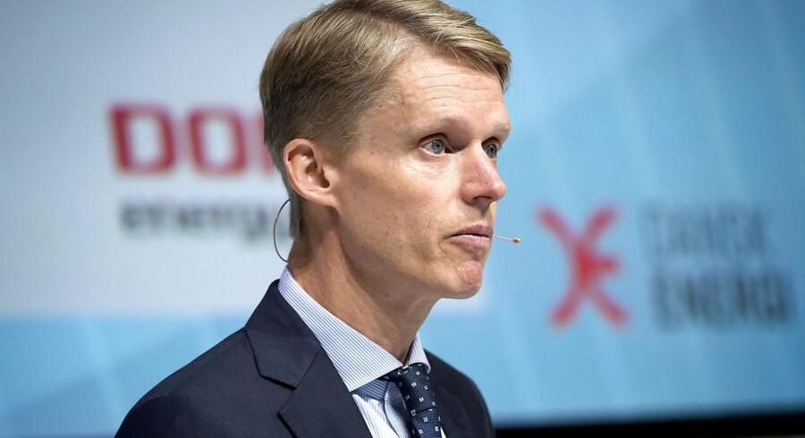 ARKIVFOTO: Adm. direktør Henrik Poulsen fra DONG Energy taler under en energipolitisk konference torsdag d. 6 oktober 2016 i Industriens Hus i København. (Foto Keld Navntoft)