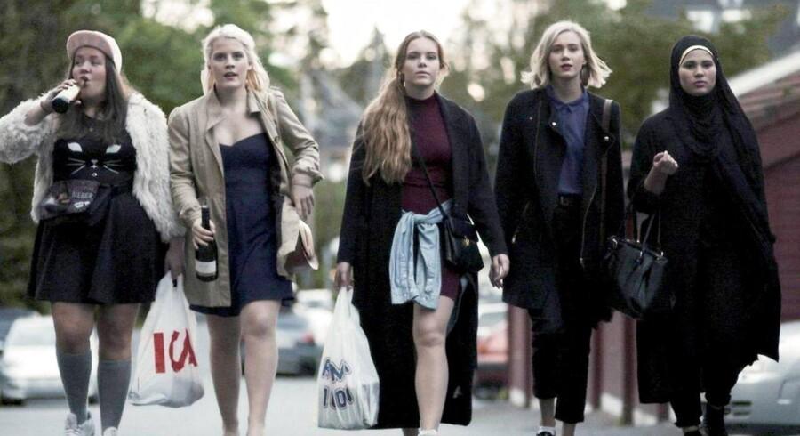 Den norske successerie, Skam, har vist, at der sagtens kan være interesse for de andre nordiske TV-kanaler, og nu vil Nordisk Råd have sikret, at alle i Norden kan se hinandens kanaler. Arkivfoto: NRK/Scanpix