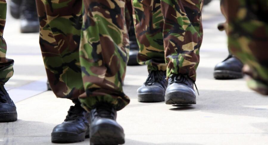 Overarbejde hos de ansatte i Forsvaret har kostet over en milliard kroner på få år. De svarer til, at hver ansat i gennemsnit har fået udbetalt knap 60.000 kroner i overarbejdstillæg. Arkivfoto. Free/Colourbox