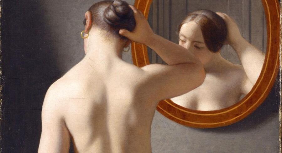 """Først var """"Kvinde foran et spejl"""" for fræk til Facebook, men nu har det sociale medie ændret mening."""