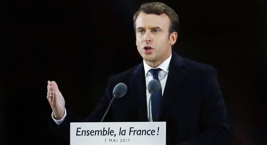 Arkivfoto. Investorerne vil ånde lettet op mandag morgen oven på søndagens franske sejr til Emmanuel Macron, der bliver ny præsident i Frankrig