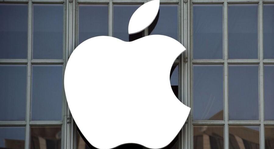 Nu er også navnene på de nye iPhone-telefoner, heriblandt tiårsjubilæumsmodellen, lækket før tid. Først tirsdag aften præsenterer Apple-topchef Tim Cook de nye produkter. Arkivfoto: Josh Edelson, AFP/Scanpix