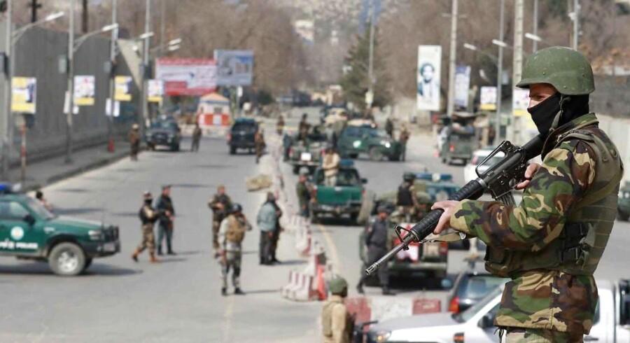 Arkivfoto: Abdul Hasib, som menes at have givet ordre til IS-angreb på militærhospitalet i Kabul, er dræbt i Afghanistan.