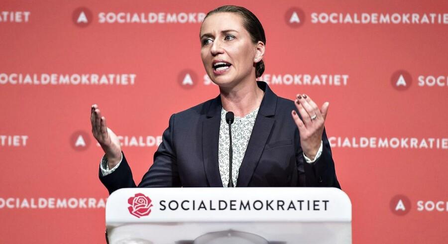 Socialdemokratiet indledte lørdag d. 16. september deres 2-dages kongres i Aalborg Kongres og Kulturcenter . Her ses formand Mette Frederiksen under sin beretning.