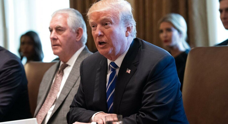 USA-præsident Donald Trumps administration har bedt den amerikanske højesteret om at lade hele Trumps indrejseforbud træde i kraft.