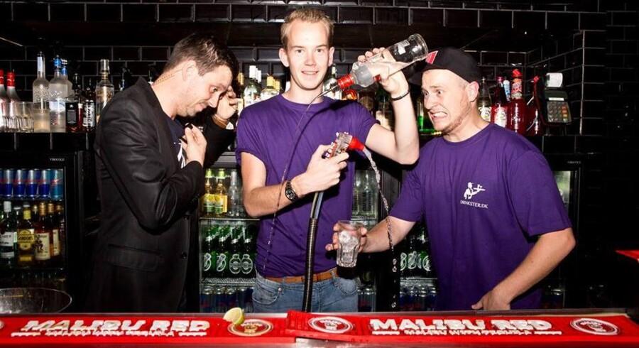 Stifterne af cocktail-appen Drinkster sælger nu deres aktier i selskabet.