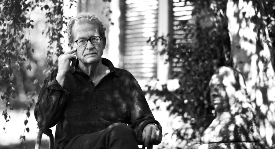 Pelle Gudmundsen-Holmgreen var søn af en billedhugger og gift med Karin Birgitte Lund – kunstneren bag de danske pengesedler. Han bevarede livet igennem et levende engagement i kulturlivet. Foto: PR