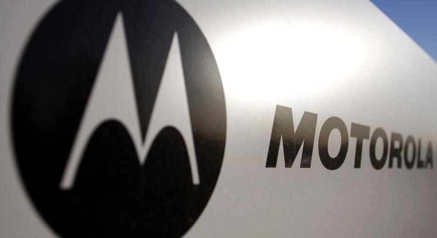 Motorola har i 30 år produceret mobiltelefoner og har dermed en betragtelig viden på området. Arkivfoto: Joshua Lott, Reuters/Scanpix