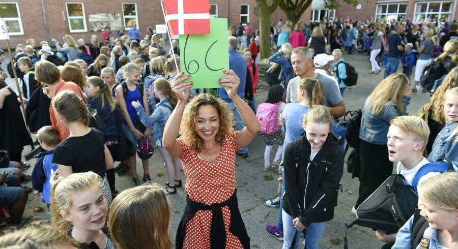 Den nye skolereform har medført, at skoledagen er for lang, mener et flertal af danskerne.