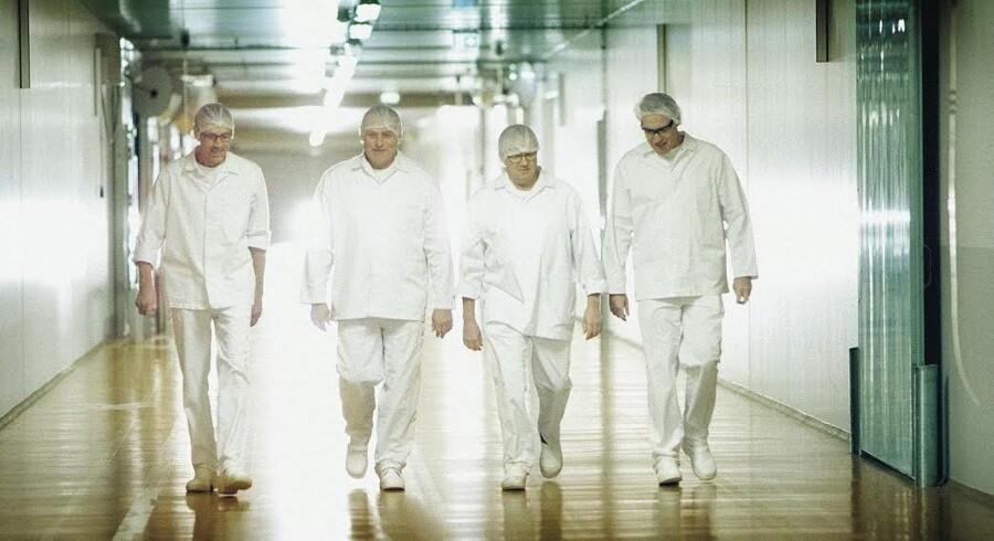 Ostemagere fra to af Arlas mejerier får i en ny reklamefilm om ost mulighed for at gå i detaljer om deres arbejde og branchens specielle udtryk. PR-foto