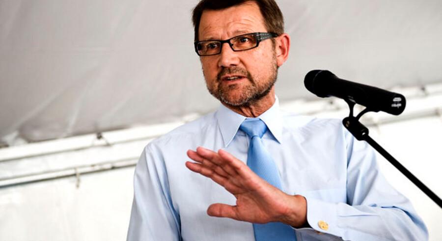 Videnskabsminister Helge Sander (V) er øverste ansvarlige for teleområdet i Danmark