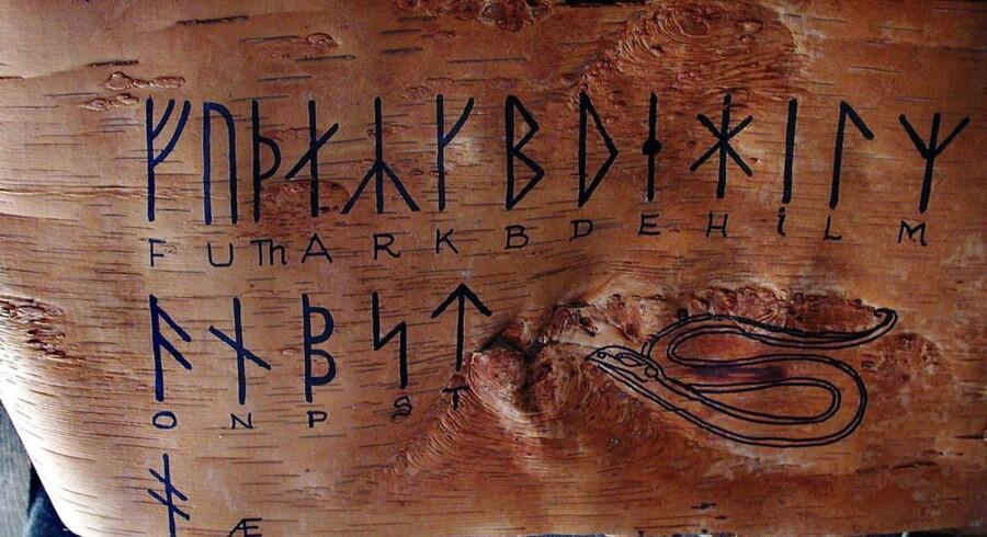 Runealfabetet. Arkivfoto.