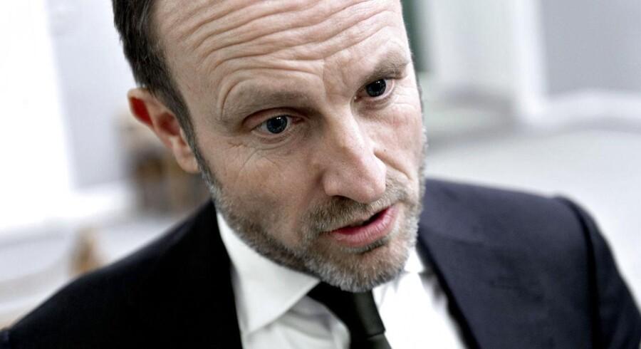 Udenrigsminister Martin Lidegaard er forfærdet over attentatet mod det franske magasin Charlie Hebdo onsdag.