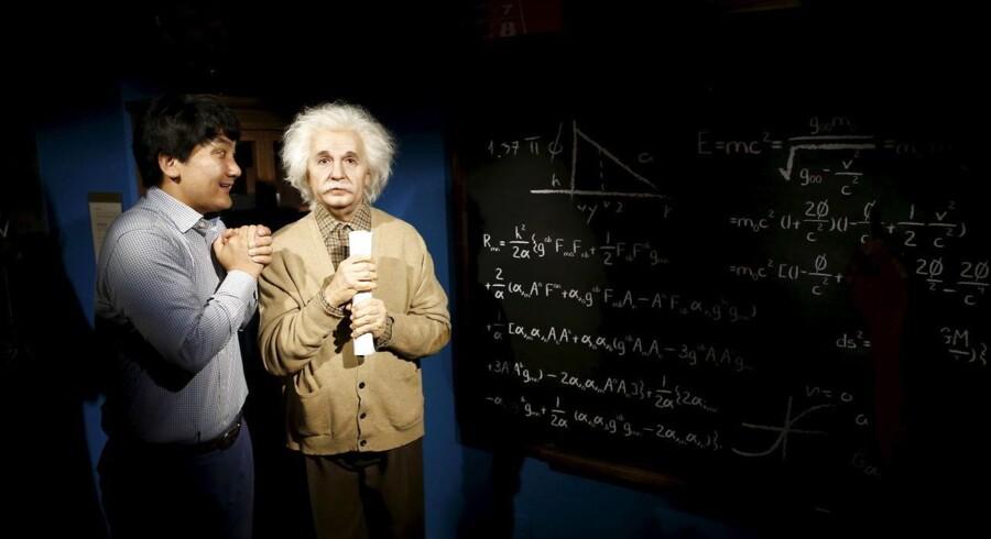 Den verdensberømte fysiker Albert Einstein - her foreviget på voksmuseet i Seoul - forudså allerede for et århundrede siden, at tyngdebølger eksisterede. Men ingen har formået direkte at måle deres eksistens og den energi, de transporterer på tværs af universet.