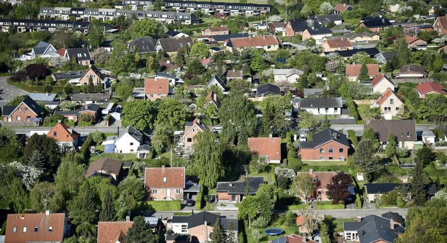 Regeringen spår en fremgang i huspriserne på 4 pct. i såvel 2016 som 2017.