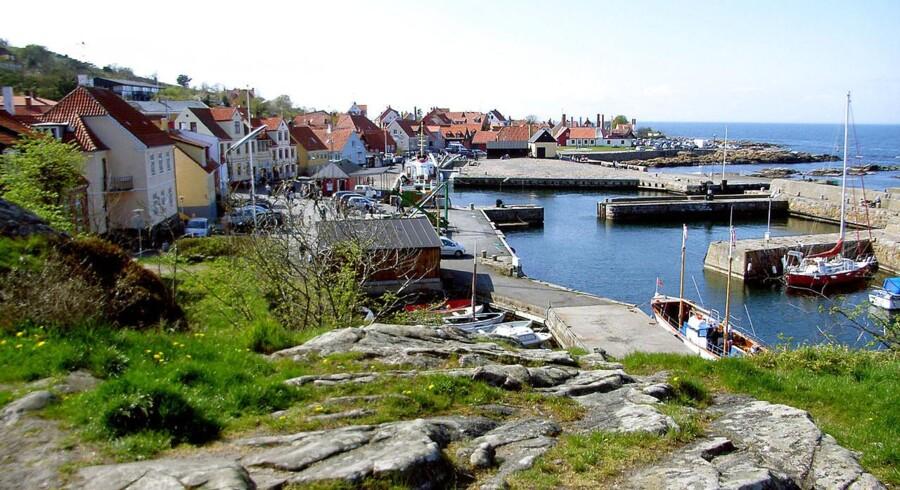 Bornholm.Fiskegiganten A. Espersen er en af Bornholms største erhvervssucceser, men de seneste år har der under det fine ydre ligget konflikter i familien. Det ser ud til, at en af solskinsøernes stoltheder er ved at krakelere indefra.