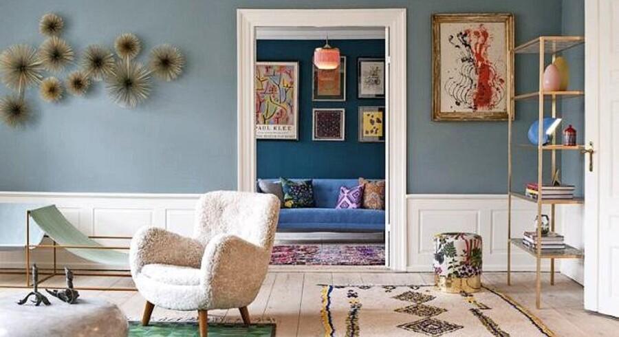 The Apartment i København er et rent slaraffenland for alle, der elsker indretning og design. Her kan du altid hente masser af inspiration og få fingre i de mest udsøgte sager til hjemmet. De har naturligvis skabt deres egen billedvæg med et fint miks af værker. Foto: PR