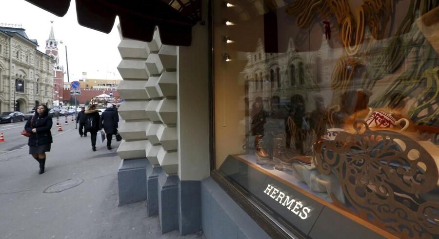 Der er ikke mange kunder til luksusbutikkerne i Moskva